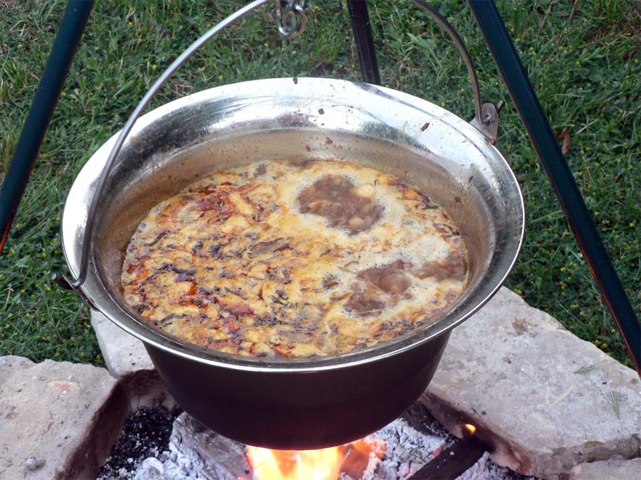 Beťárska polievka z Bakonyu
