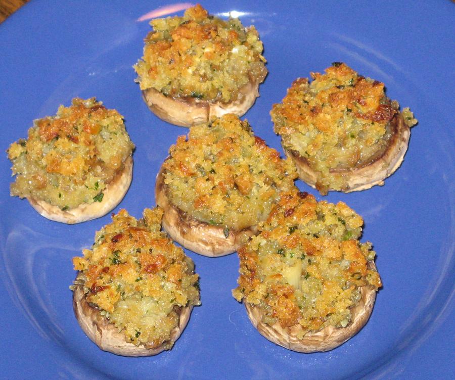 Šampiňóny plnené modrým syrom a bylinkovým maslom