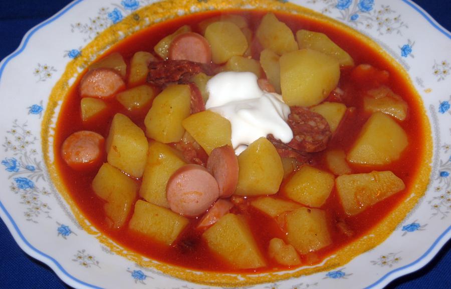 Zemiakový paprikáš (paprikás krumpli)