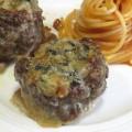 Hovädzie mäsové guľky korunované syrom Gorgonzola