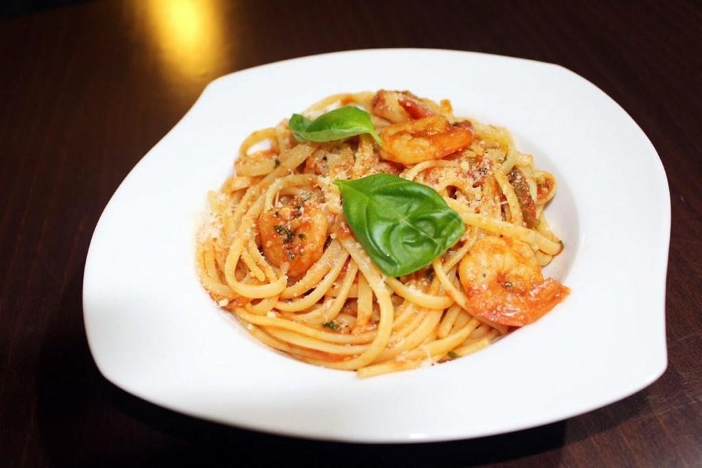 Linguine s krevetami v paradajkovo – chilli omáčke