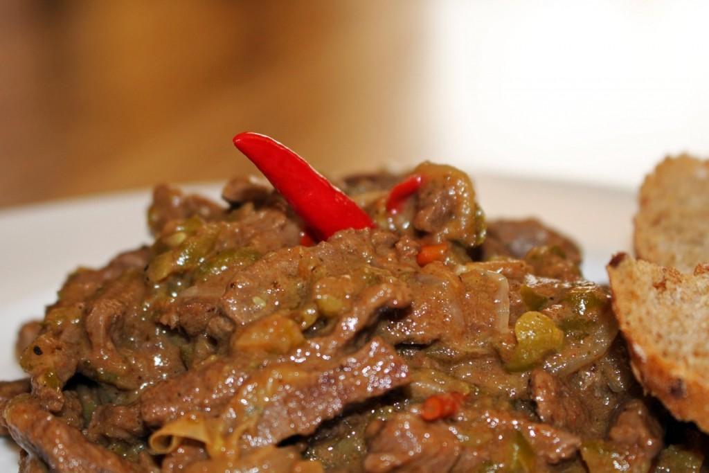 Ohnivé mäso zo srnčieho stehna
