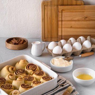 Príprava domáceho kvásku + Recept na škoricové osie hniezda z kváskového cesta